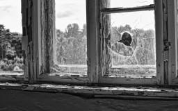Prora Loch im Fenster